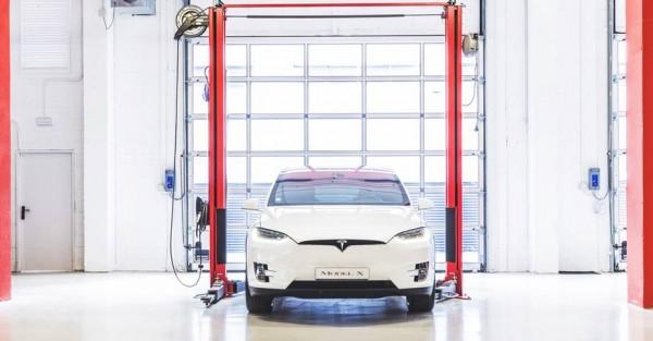 Tesla Service Center Barcelona