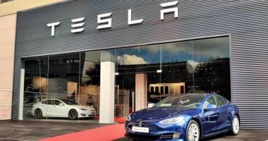 Tesla inaugura su primer Centro de Servicio en España