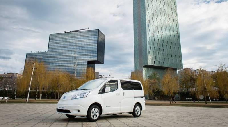 La Nissan e-NV200 bate record de matriculaciones en España. Nueva Nissan e-NV200 2018 con 40kWh y 280 kilómetros de autonomía
