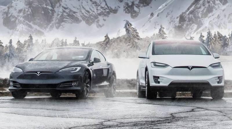 """Los 5 coches eléctricos más rápidos que puedes comprar en España. Noruega prepara el """"Impuesto Tesla"""" para gravar a los eléctricos por su peso"""