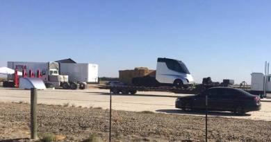 Primeras imágenes del Tesla Semi, el camión eléctrico más esperado