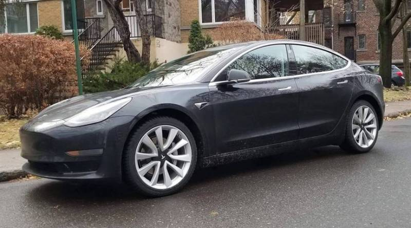 Tipos de motores eléctricos. El Tesla Model 3 garantizará el 70% de la capacidad de su batería