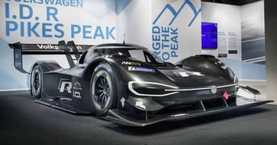 Volkswagen desvela el super deportivo eléctrico que correrá el Pikes Peak