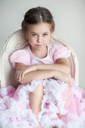 Фотосъемка ребенка в фотостудии