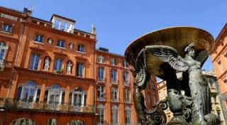 Toulouse lakóautóval - vörös téglák 2.