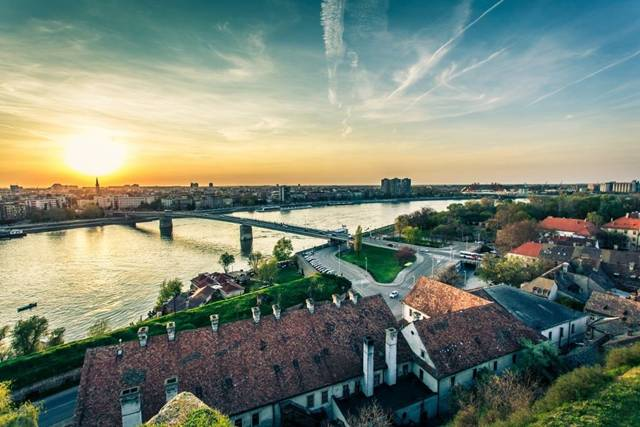 Novi Sad / Újvidék panorámája