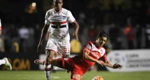 Bailan al Toluca en la  Copa Libertadores; 4-0