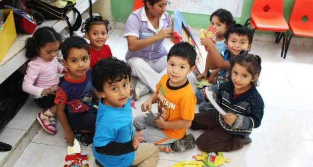 A partir de este lunes modifican el menú en mil 376 guarderías del Instituto Mexicano del Seguro Social.