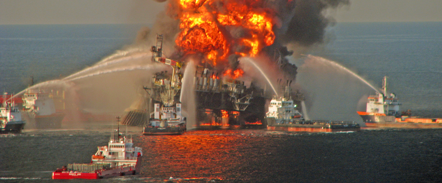 deepwater horizon incident and bp Over a week ago attorney general eric holder announced that bp has agreed to plead guilty to felony manslaughter, environmental crimes and obstruction of congress and pay a record $4 billion in criminal fines and penalties for its conduct leading to the 2010 deepwater horizon disaster that killed 11 people and caused the largest environmental disaster in us history.