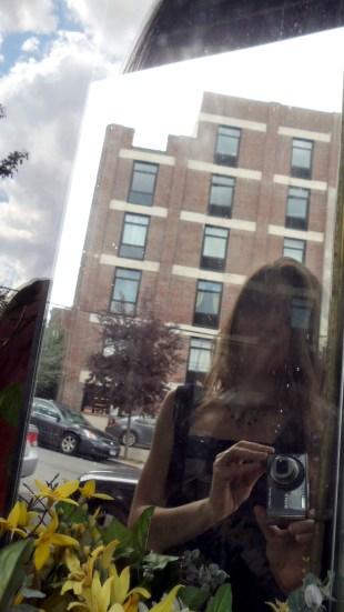 Elisha Sarti, Someplace Special Series: Hi, photograph, 2014.