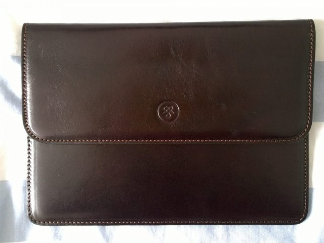 Maxwell Scott travel wallet