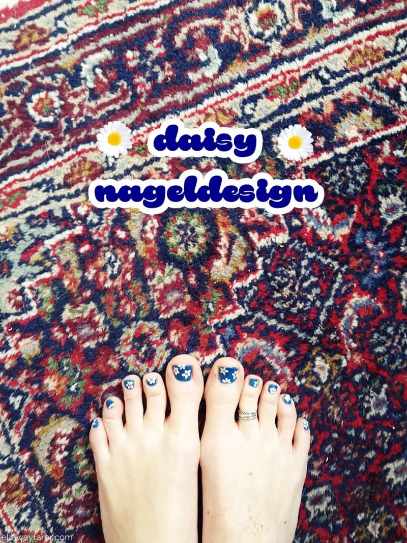 Daisy Nageldesign mit Blumen ellawayfarer.com (1)