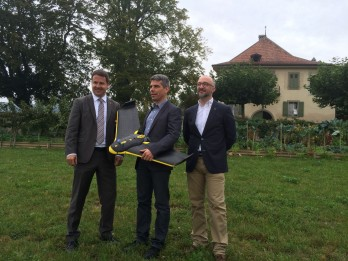 Philippe Schenk, Château de Chatagneréaz, Jean Christophe Zufferey from SenseFly, Pierre-Olivier Dion-Labrie, who oversees the vineyard at the chateau