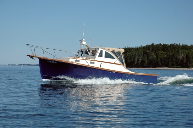 Ellis 28 Express Cruiser