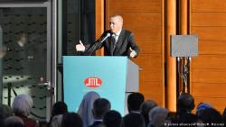 هكذا أثار الرئيس التركي إردوغان الجدل في برلين