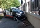 En Ramos Mejía un patrullero se subió a la vereda