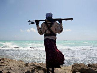 Piratería Somalia portada