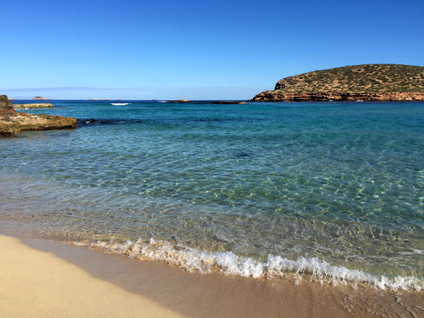 Ocho destinos de España para disfrutar de la playa con niños