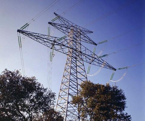 Lineas alta tensión de Endesa. FOTO: Endesa