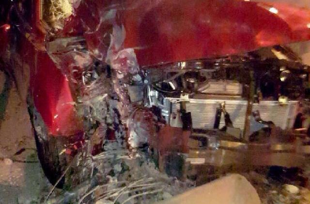 El vehículo colisionó contra un poste cerca de la Universidad del Área Andina.