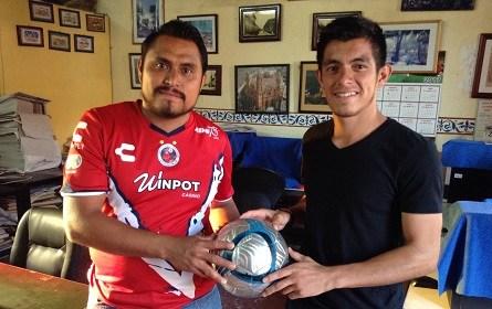 Carlos Hernández y Rafael Viveros. Nuevamente frente a frente en busca del titulo.