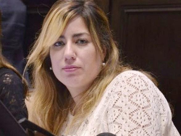 Diputada-Lucia-Portos