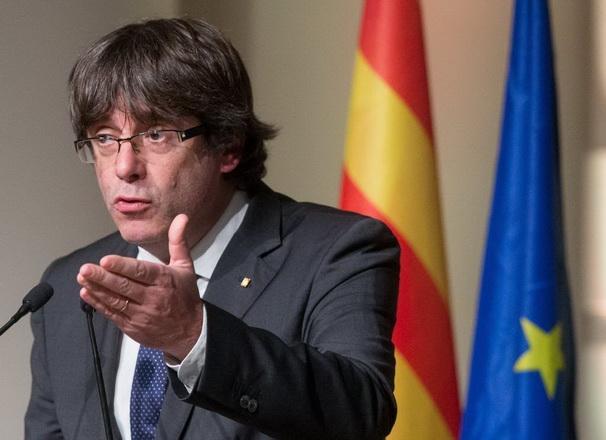 Juez belga aún no decidió si entrega a Puigdemont