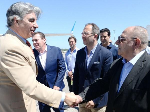 Arroyo junto al presidente de Aerolineas Argentinas