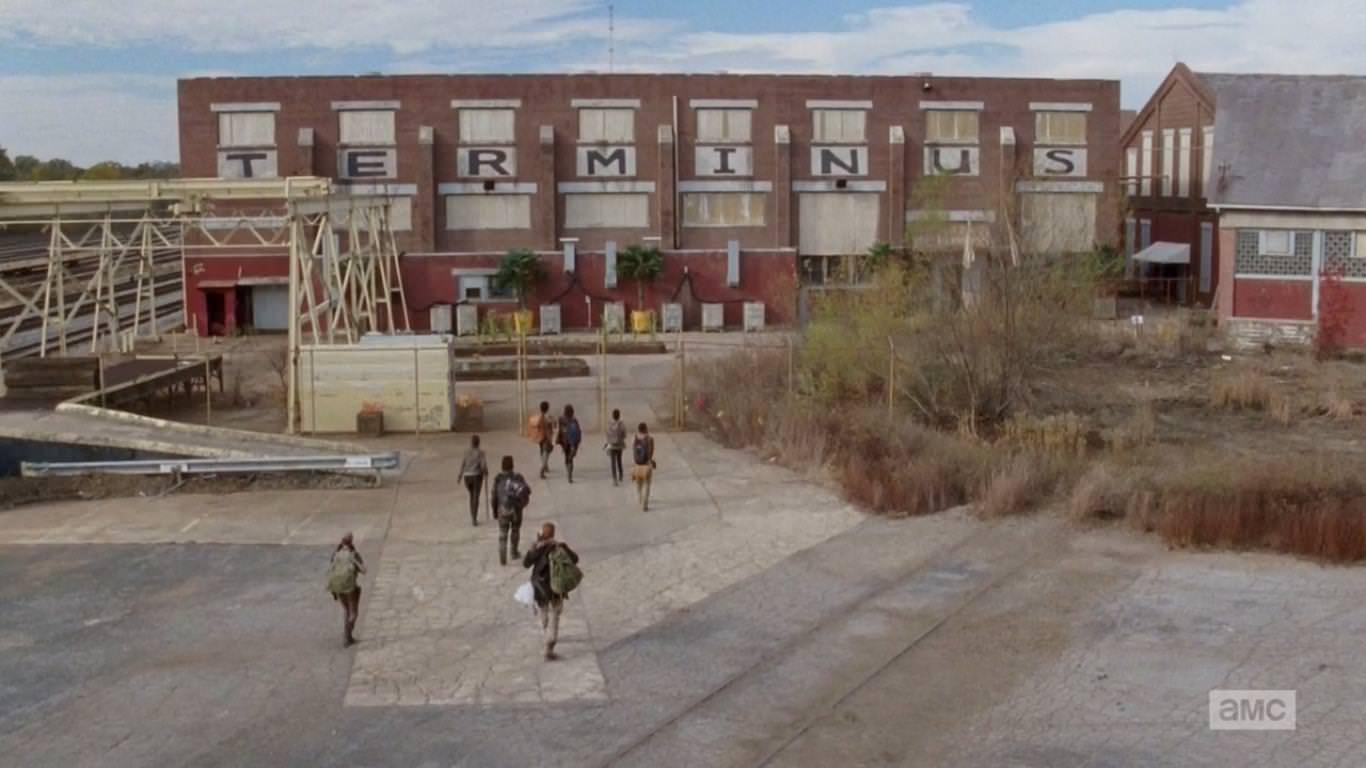 The Walking Dead 4x15 Us - Los grupos de Maggie y Glenn llegan a Terminus