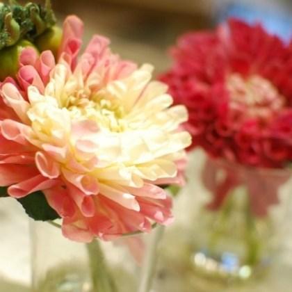 Flores de tela con cristal