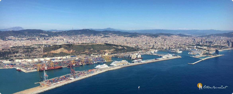Barcelona Panorama der Hafenstadt