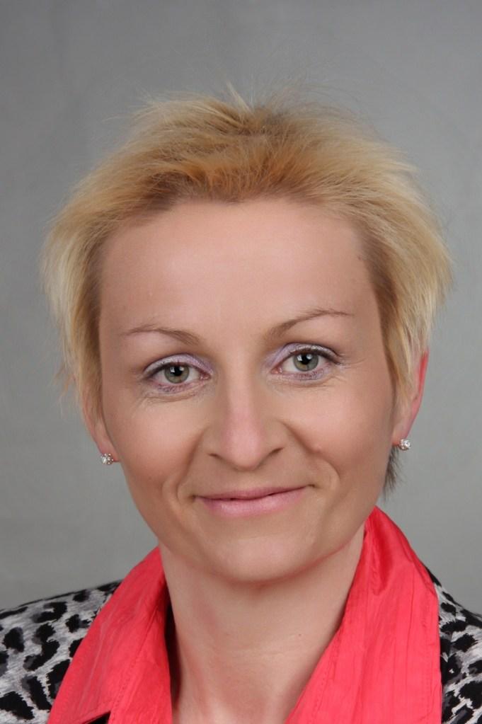 Ich bin Diana Meinhardt und trete gern mit Dir in Kontakt. Schreibe mir eine Mail an info@echt-lebenswert.de, ich freue mich auf Deine Nachricht!