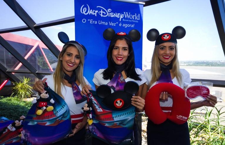 TAM realiza primeiro voo com aeronave temática de Walt Disney World