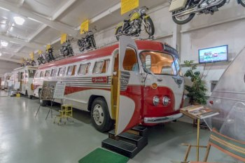 1948 Flxible Bus used in the Robin Williams movie RV