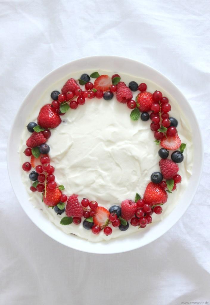 {Rezept} Beeren-Trifle : Das perfekte Sommer-Dessert