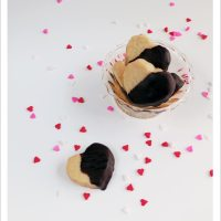 Chocolate-dipped Classic Shortbread Hearts
