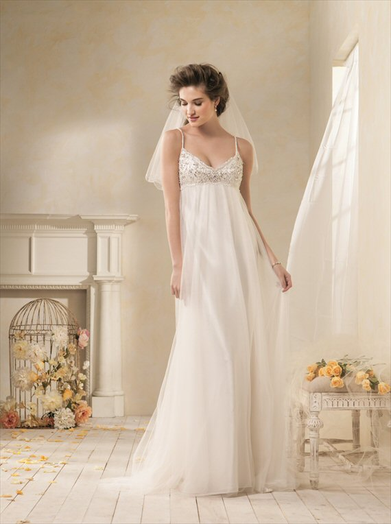 Vintage Inspired Wedding Gowns by the Alfred Angelo 2014 Collection - 1960s inspiration