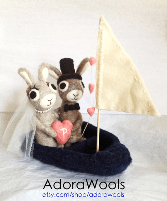 bunny couple in a sailboat by AdoraWools #handmade #wedding