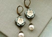 vintage inspired ivory pearl flower earrings