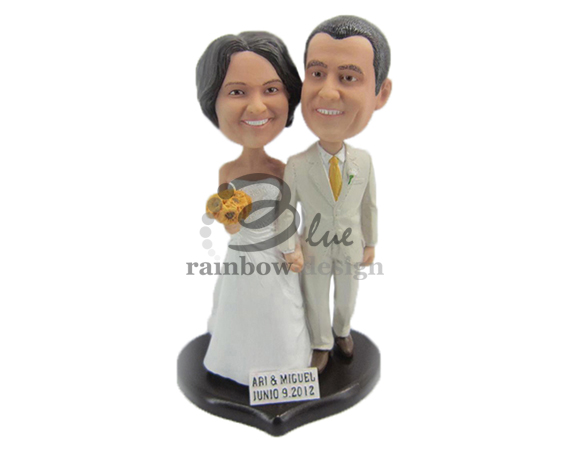 Custom Wedding Bobbleheads - Bride and Groom Figurine