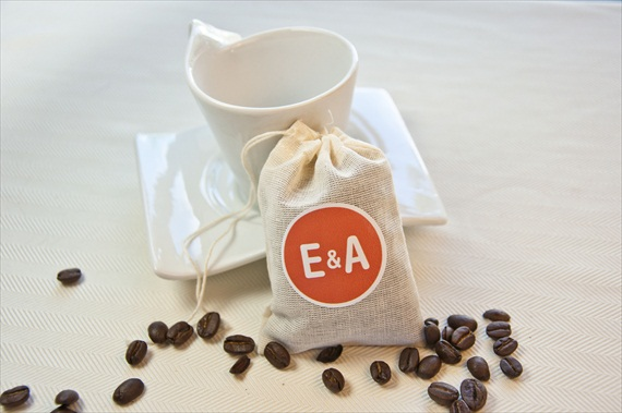 DIY Wedding Favors - Coffee Cup Wedding Favors by EmmalineBride.com