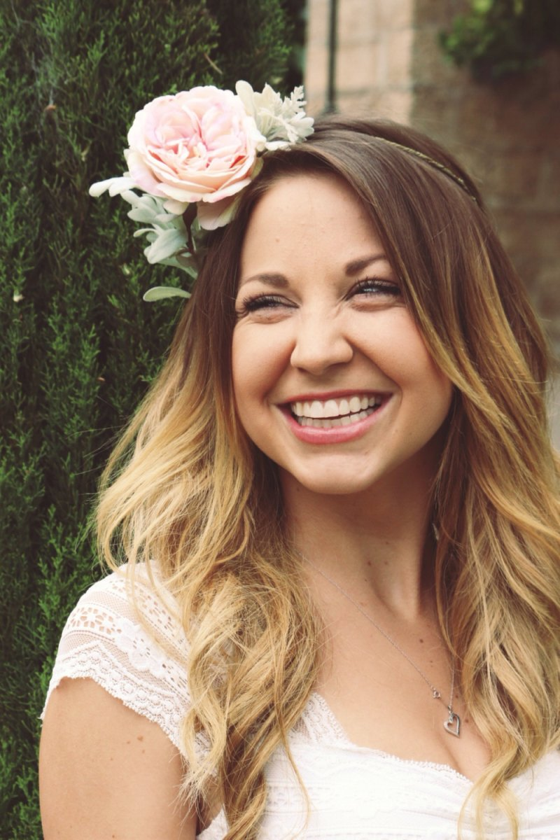How to Wear a Hair Crown in Pink Peony