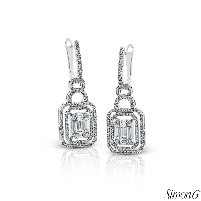 Geometric Design Diamond Earrings | Latest Spring Jewelry Trends | http://emmalinebride.com/jewelry/latest-spring-jewelry-trends/