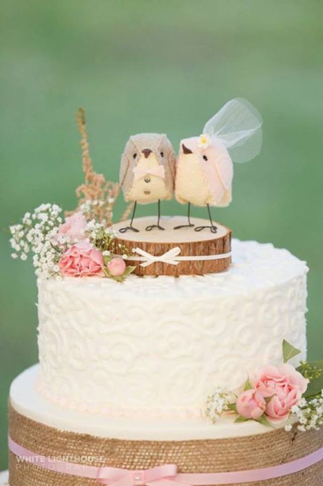 bird cake topper photo by white light house