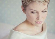 bride with short pixie haircut and headband