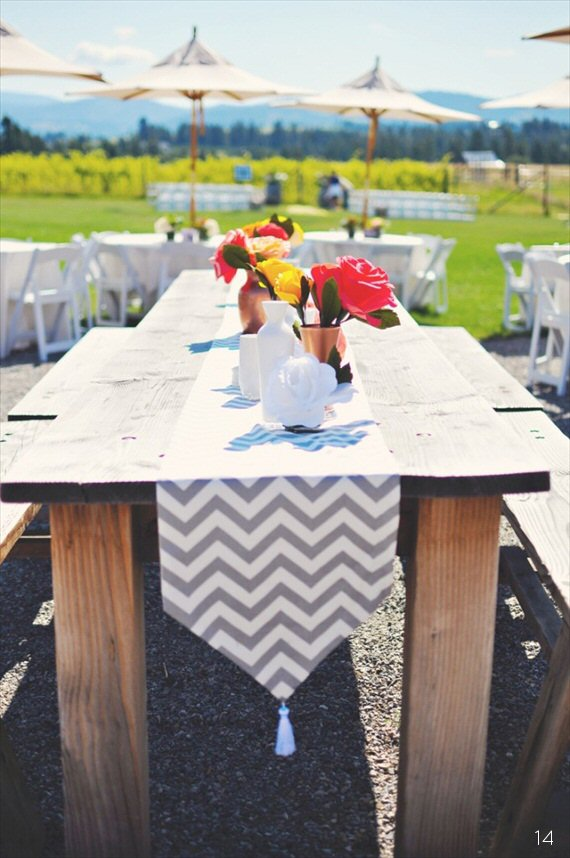 16 Chic Chevron Wedding Details