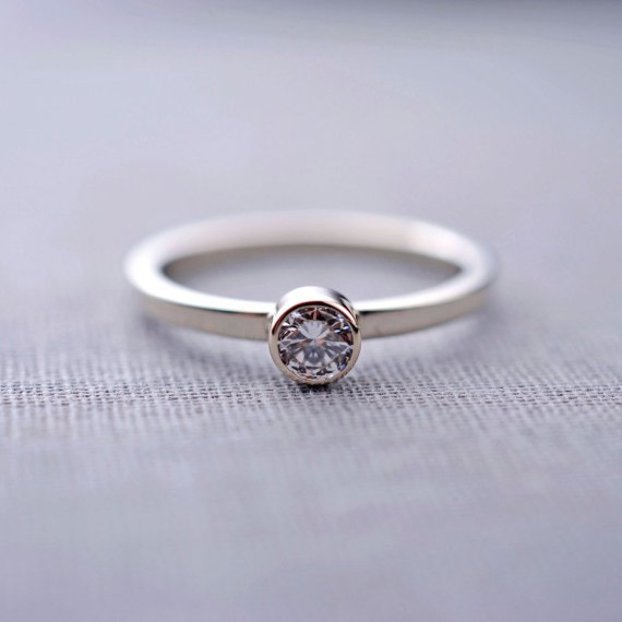 diamond ring | How To:  Buying Engagement Ring on Etsy / Online