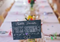 displaying-table-numbers-wedding