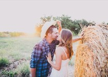 engagement photo props - cowboy hat