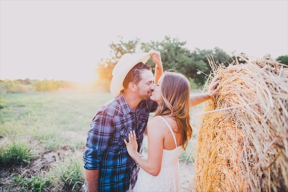 20 Best Engagement Photo Ideas (photo by Justin Battenfield)